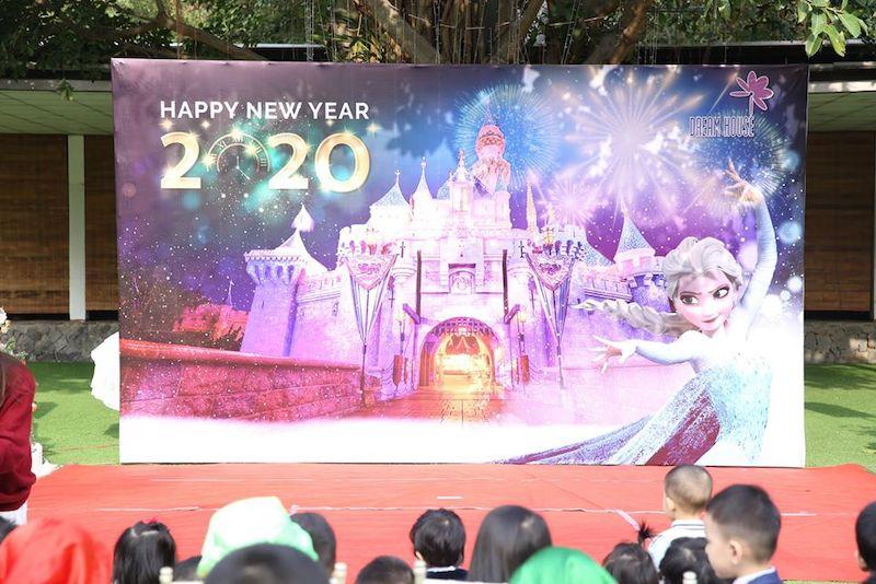 """Dream House tưng bừng chào năm mới """"Happy New Year 2020"""""""